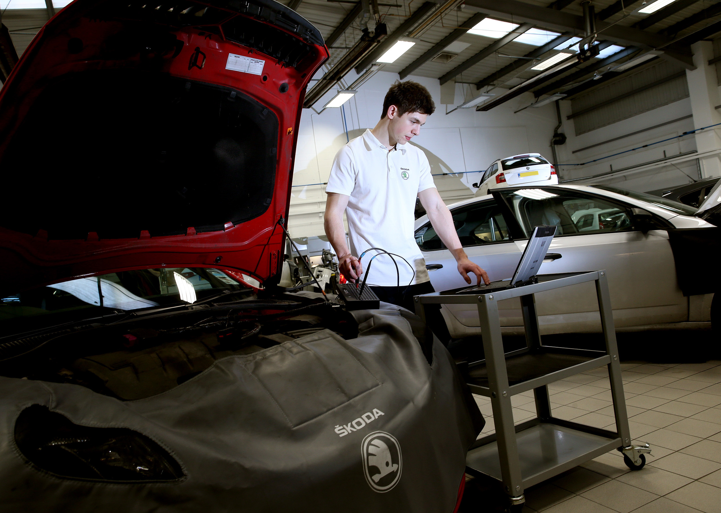 More car makers than ever are offering fixed price servicing