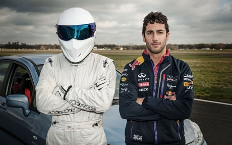Daniel Ricciardo takes on Top Gear's test track
