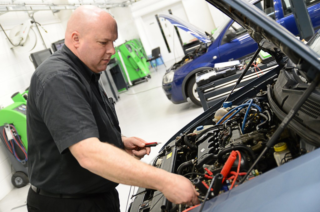 Importance of car servicing