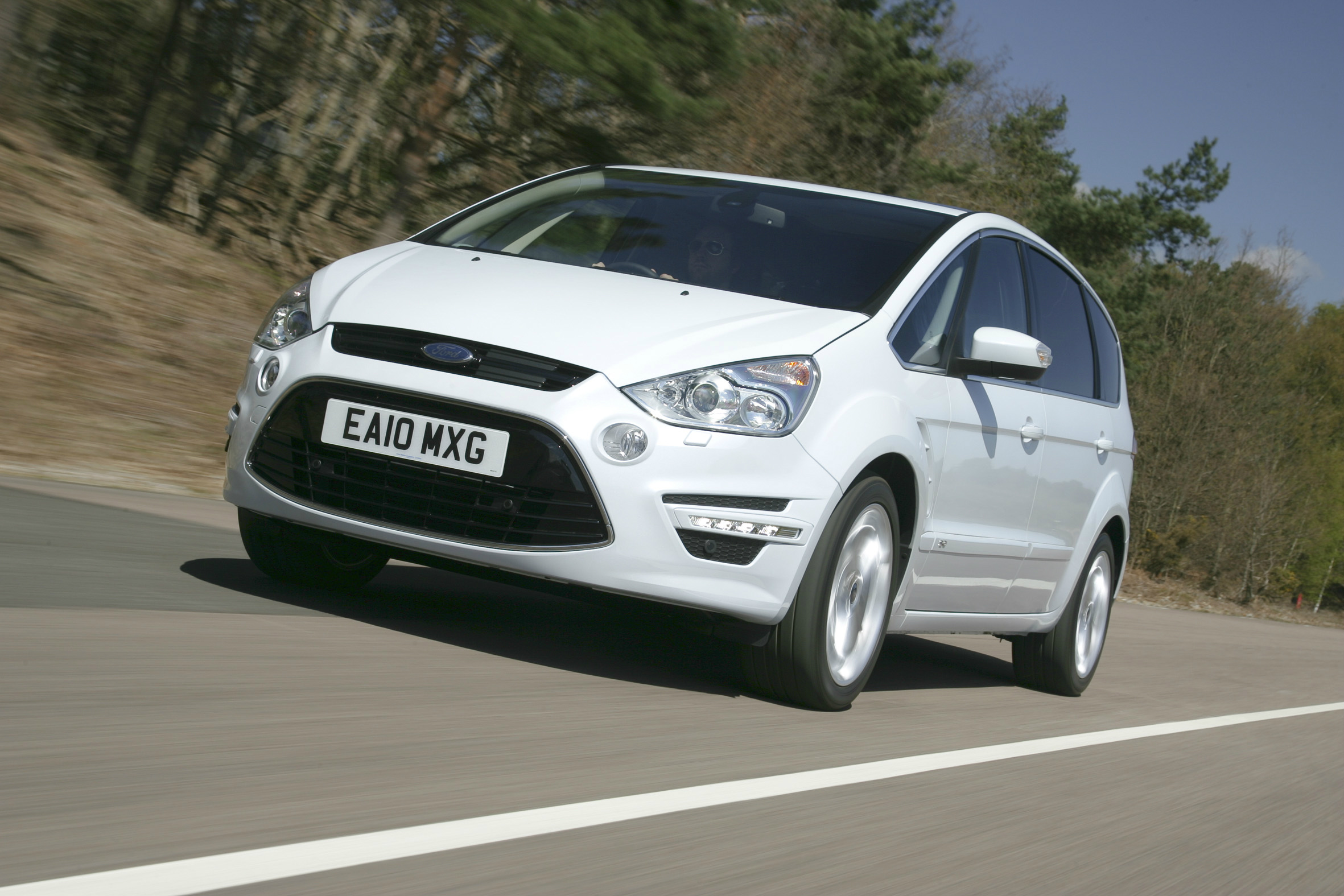 Best used seven-seat family cars Ford S-Max is best to drive & Used car buying guide: 7-seat family car for £15k - Green Flag markmcfarlin.com