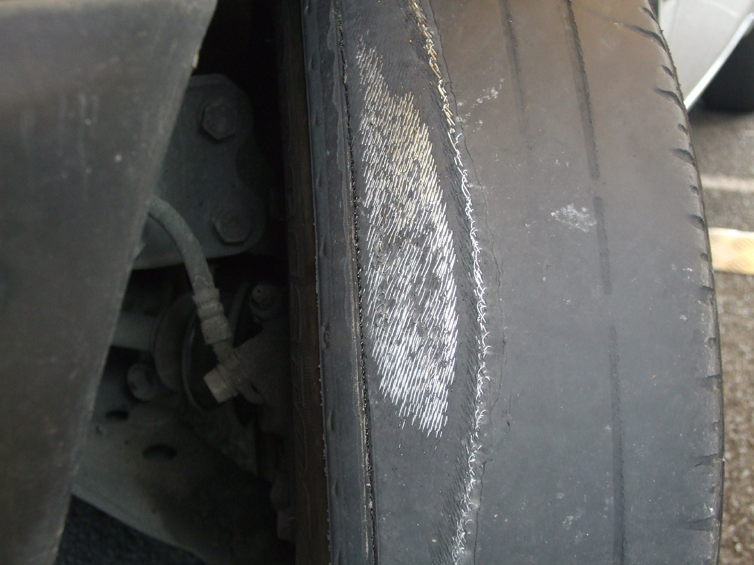 Dangerous illegal tyres