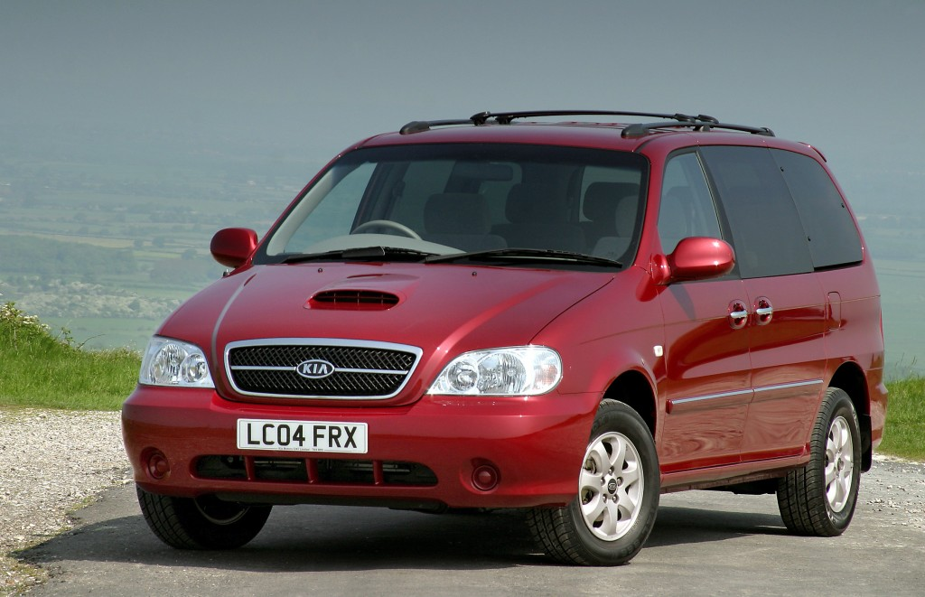 Kia Sedona is one of the best used people carriers for £1000