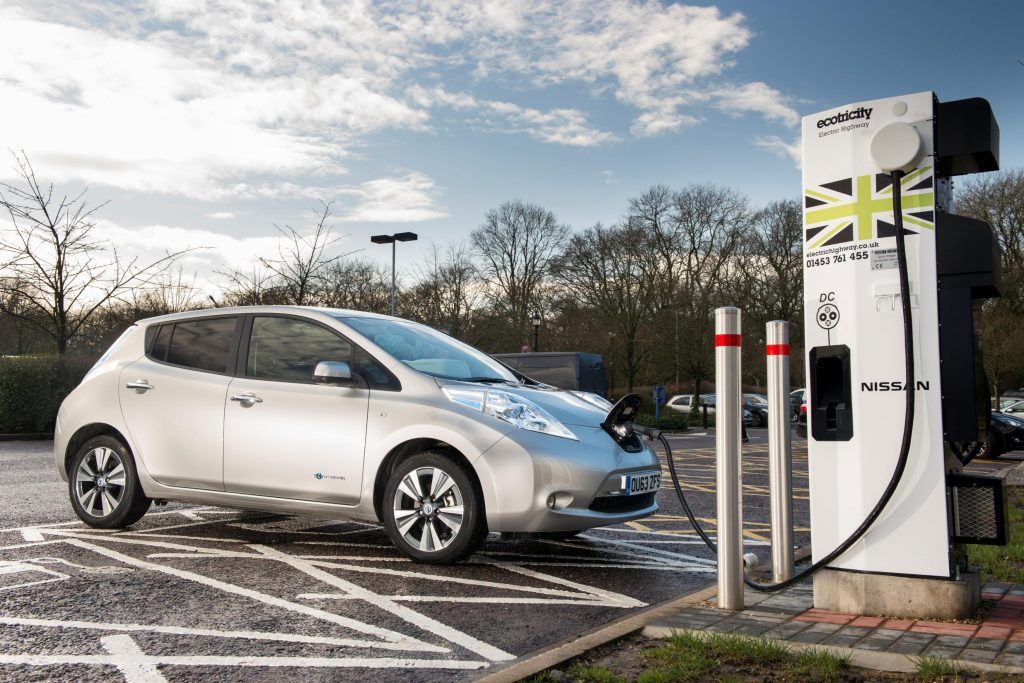 Electric car and PHEV drivers to face £5 charge to top up at motorways