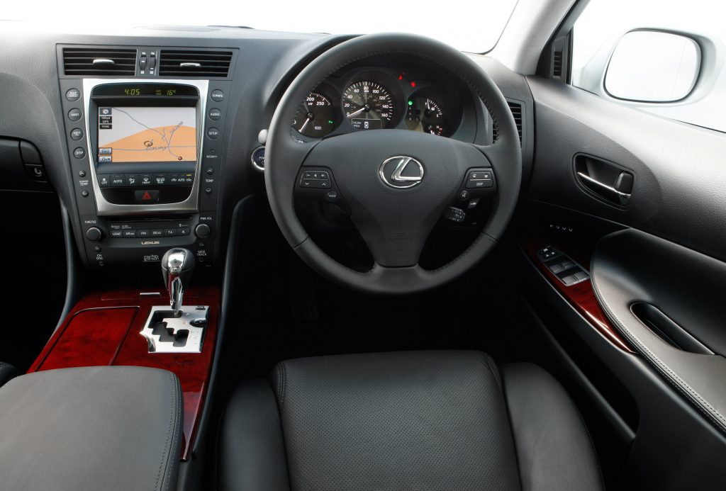 The high-tech luxury used car for £6000: Lexus GS 450h