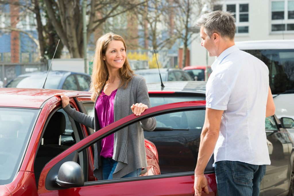 Beat the bogus buyers: how to safely sell a used car privately