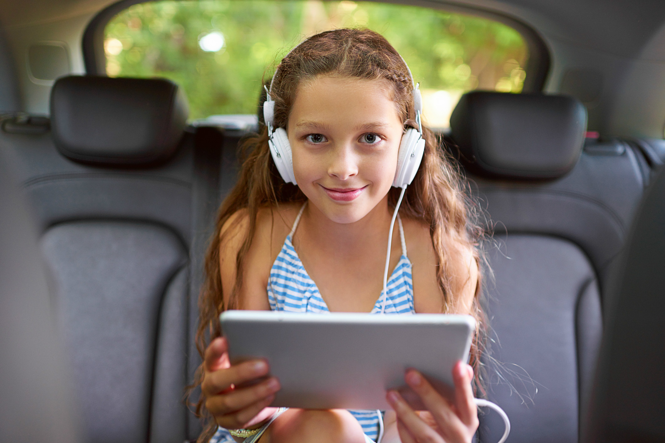 Are we there yet Helpful ways to keep kids entertained on a long car journey 2