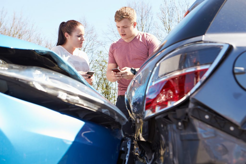 Car insurance rises to record high average cost