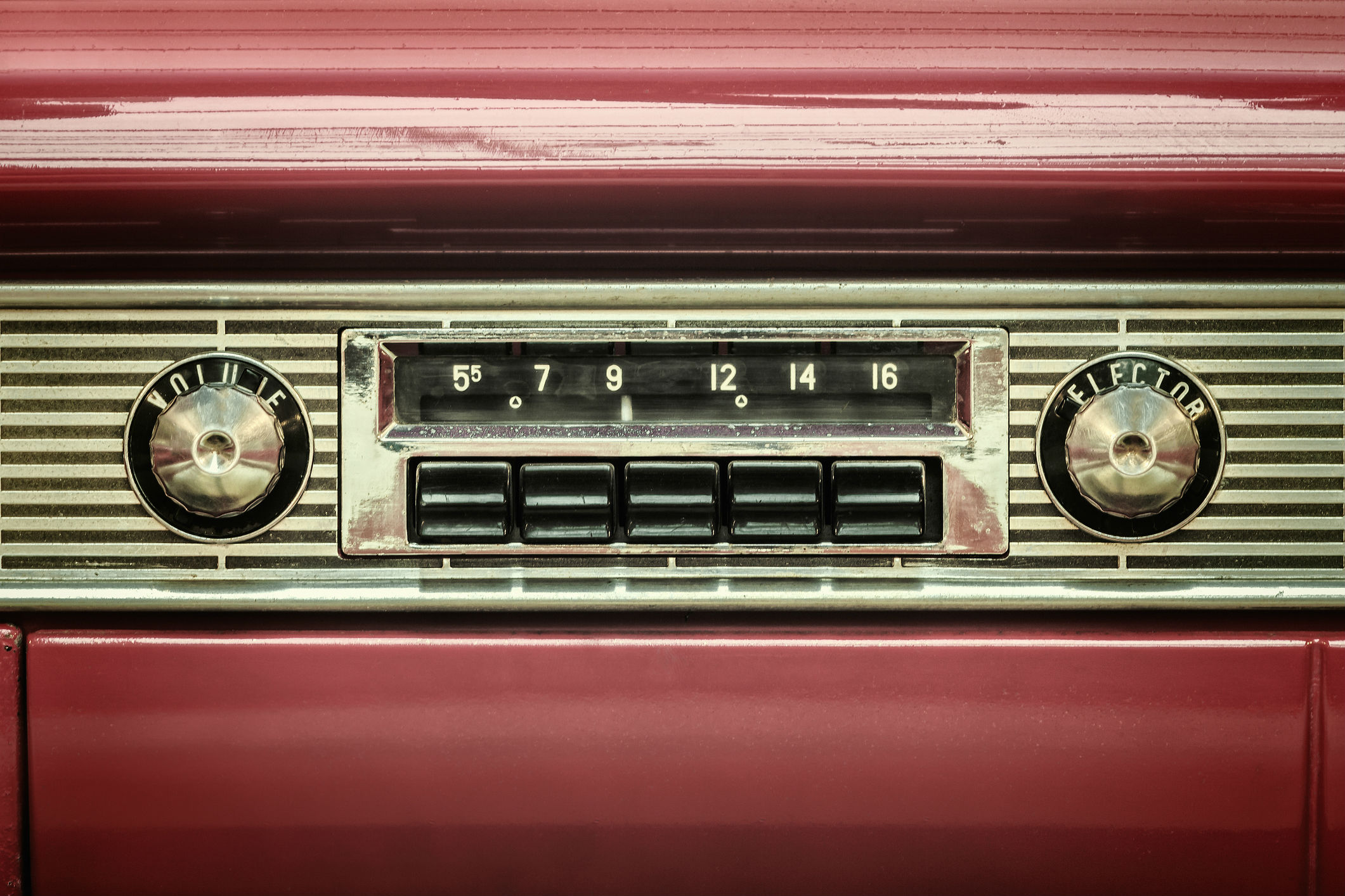 Tuned to perfection: how to upgrade an old car stereo to stream music