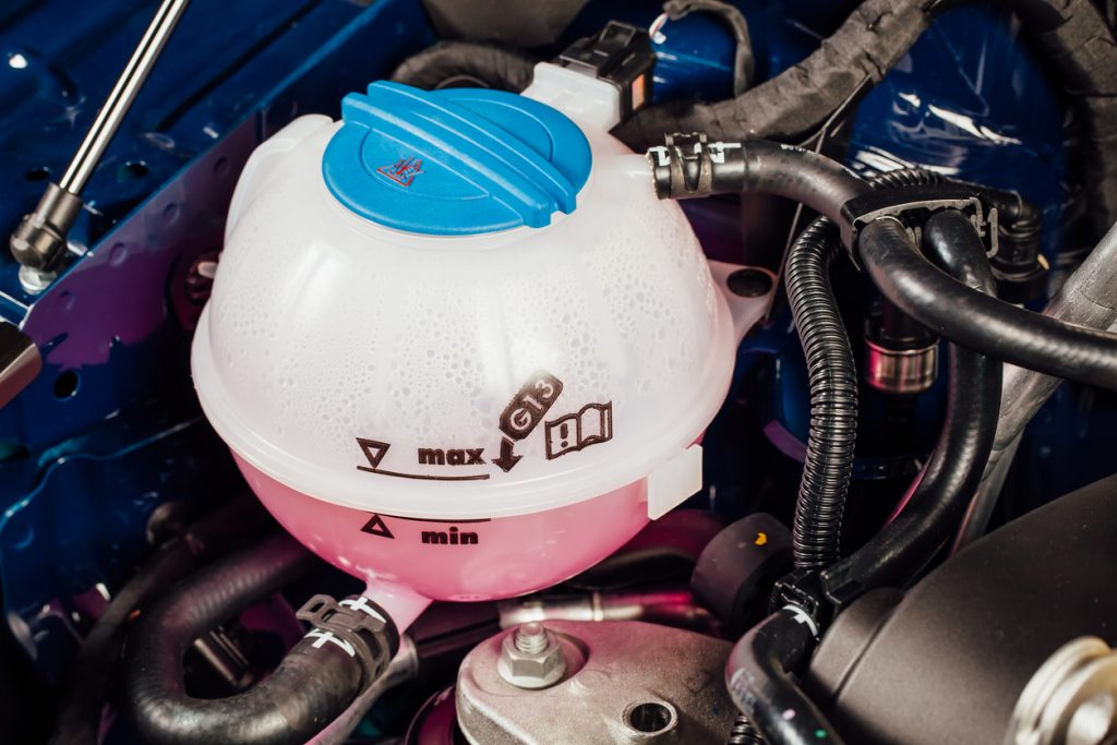 Coolant: Read About It And Antifreeze For Your Car