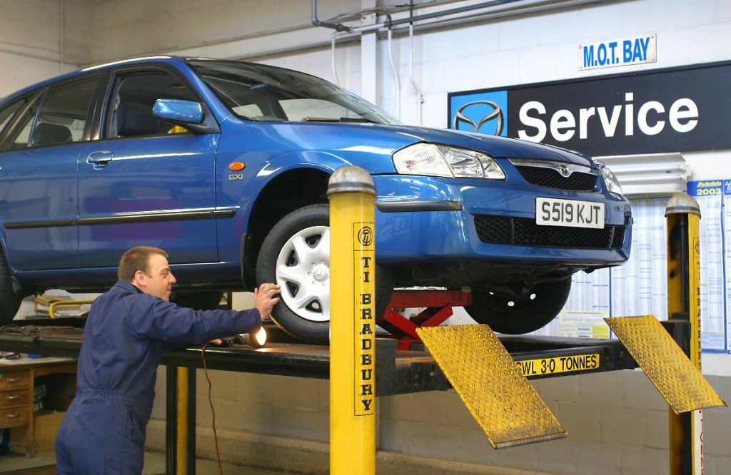 Cars over 40-years old: no MOT test required