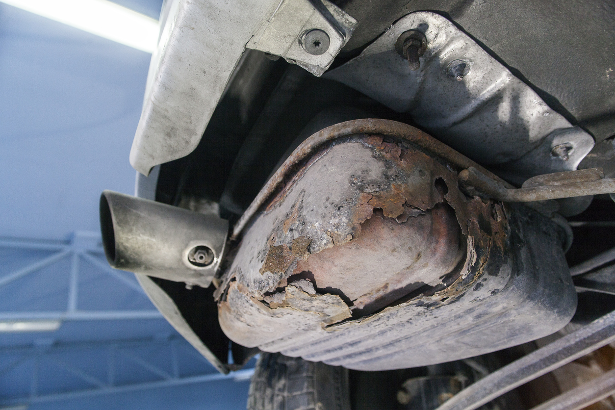 Signs of a worn-out exhaust system