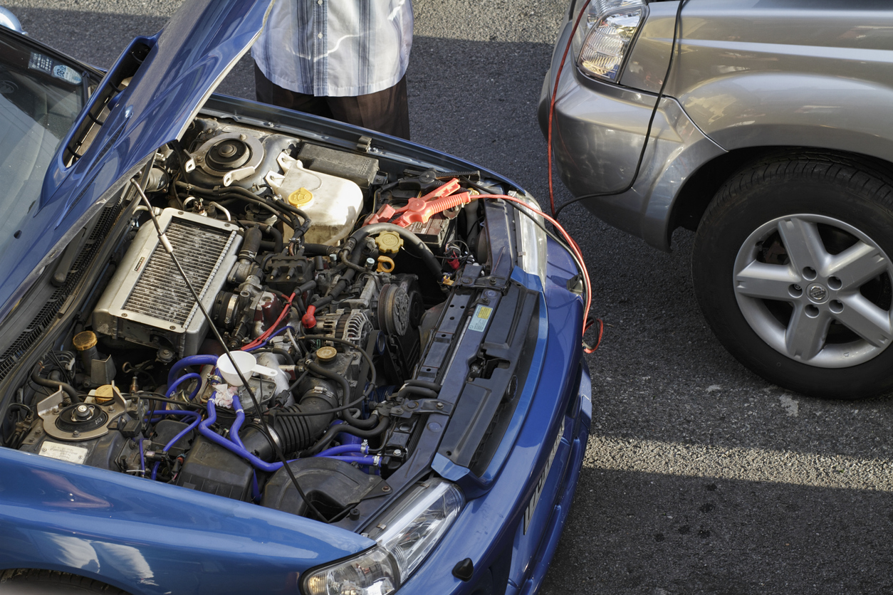 How to spot the warning signs of the five most common faults in new cars: flat battery