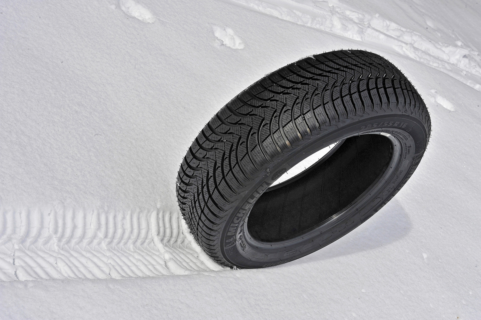 Winter tyres are designed to give grip in low temperatures