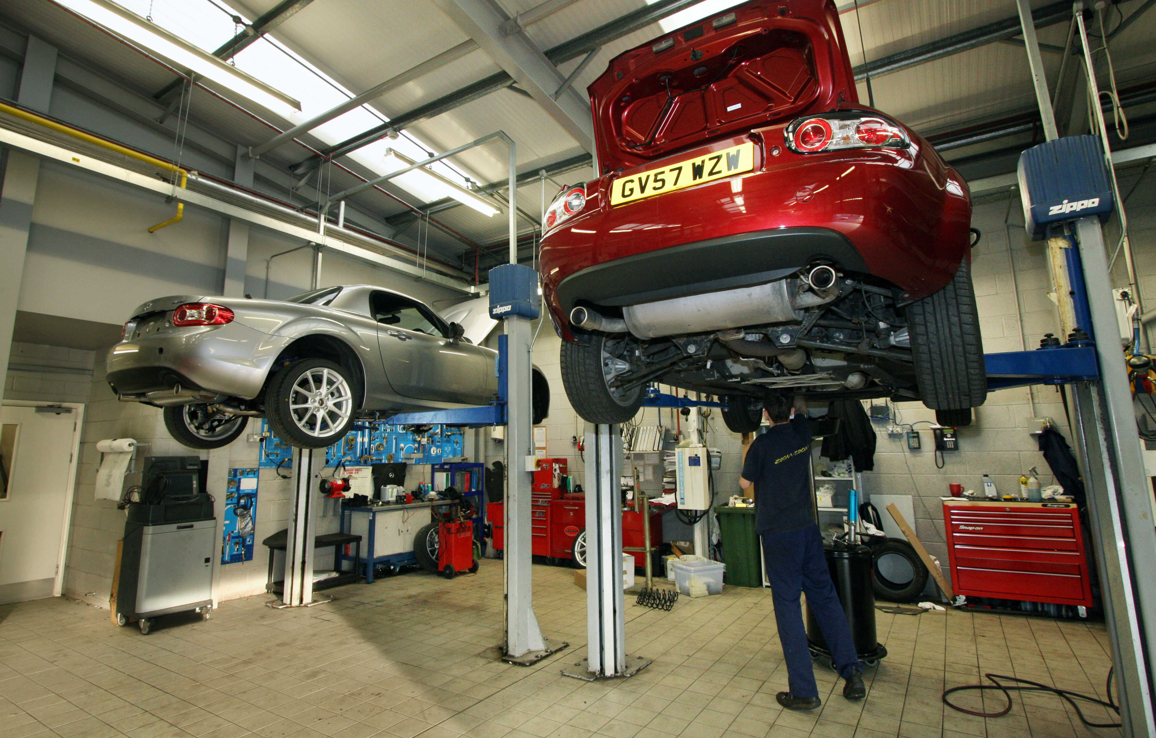 Mazda dealership servicing area
